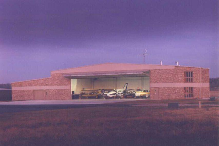 17 - Springfield Ltd. Hangar